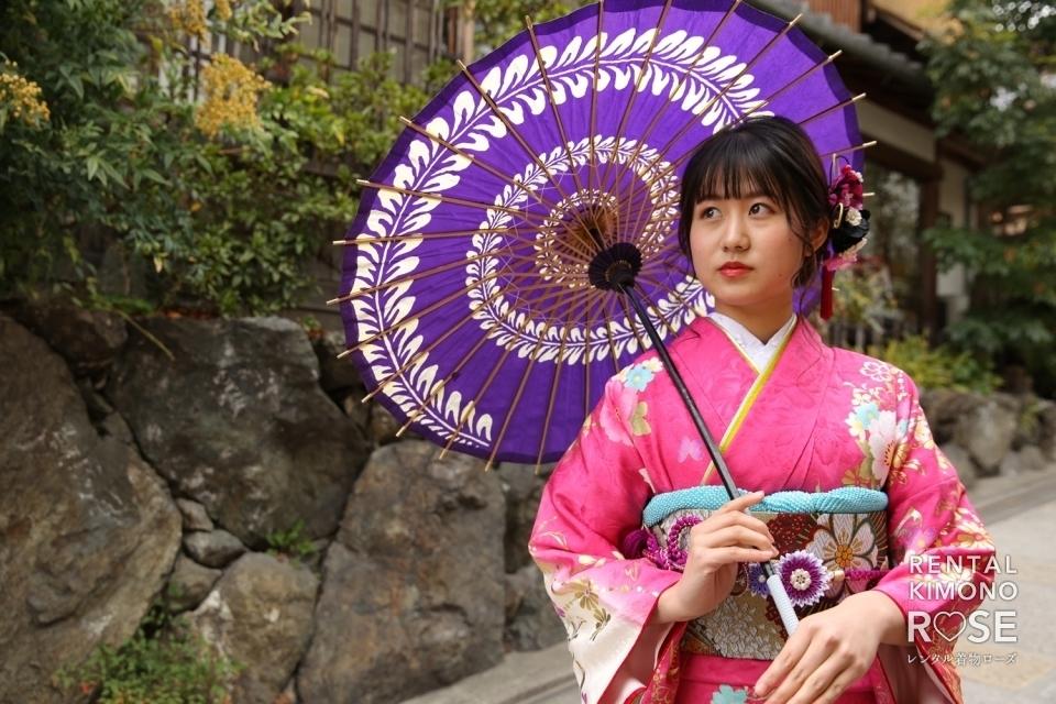 写真:京都・八坂の塔や八坂庚申堂で成人式振袖持ち込みロケーション撮影