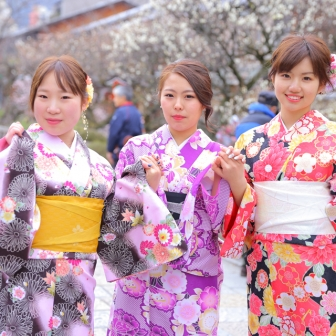 写真:祇園で待ち合わせ。3人女子旅に同行ヾ(´▽`)ノ
