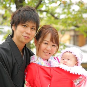 写真:赤ちゃんと着物姿でお宮参り風前撮り撮影