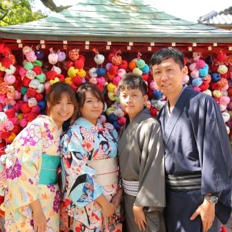 写真:海外からのほんわか仲良し4人東山旅のロケ撮影
