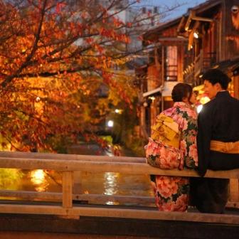 写真:結婚式の写真素材として!新婚様と祇園白川ロケ撮影