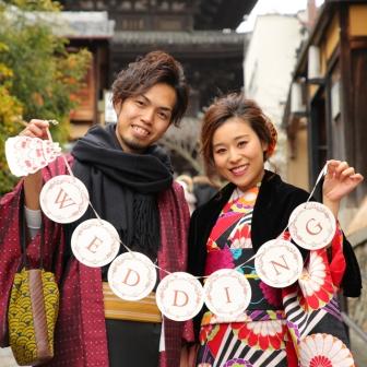 写真:美男美女の新婚ご夫婦で着物姿の京都ロケ撮影