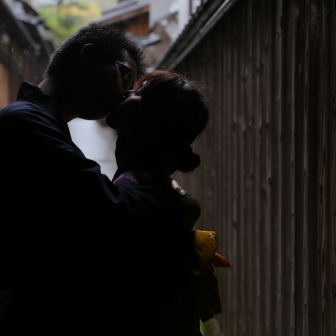 写真:ハニカミカップル様(。・ ω<)小雨の中の東山散策(*´﹀`*)