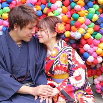 写真:残り桜の薫りを楽しむ東山ラブラブツアー( *'ω'* )