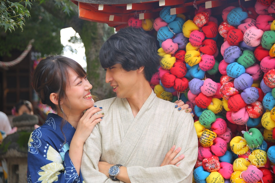 写真:仲睦まじいお似合いカップル様と一緒に、東山ロケーション撮影♪