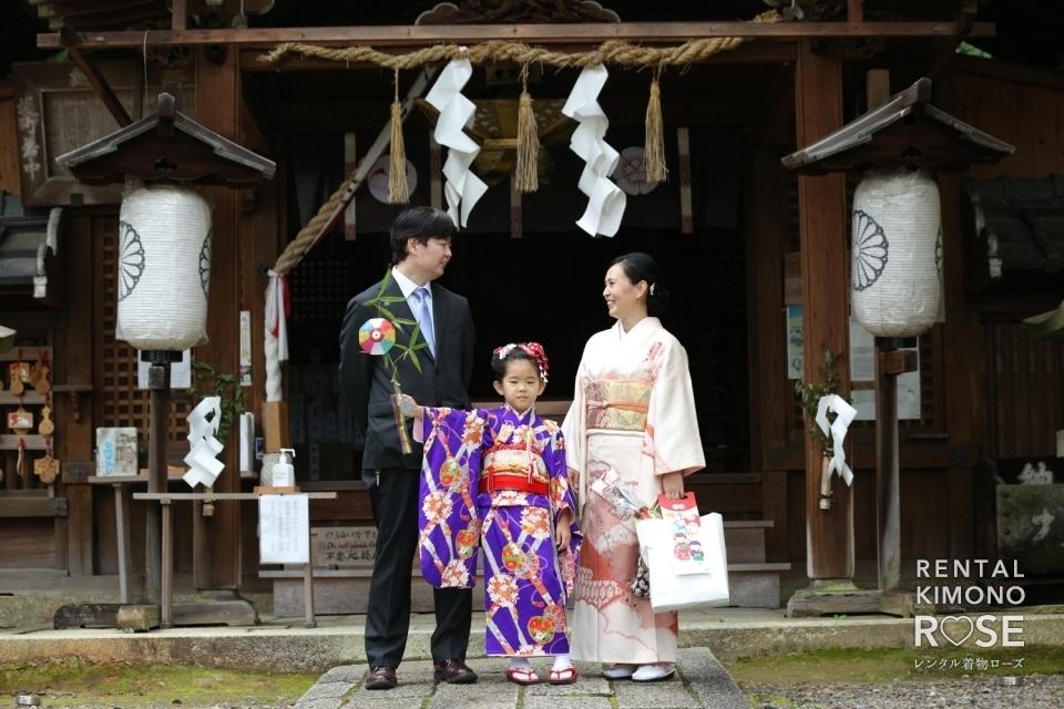 写真:京都・粟田神社にて新日本髪で七五三ご家族様ロケーション撮影