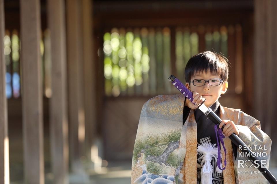 写真:京都・豊国神社唐門内で七五三ご家族様ロケーション撮影