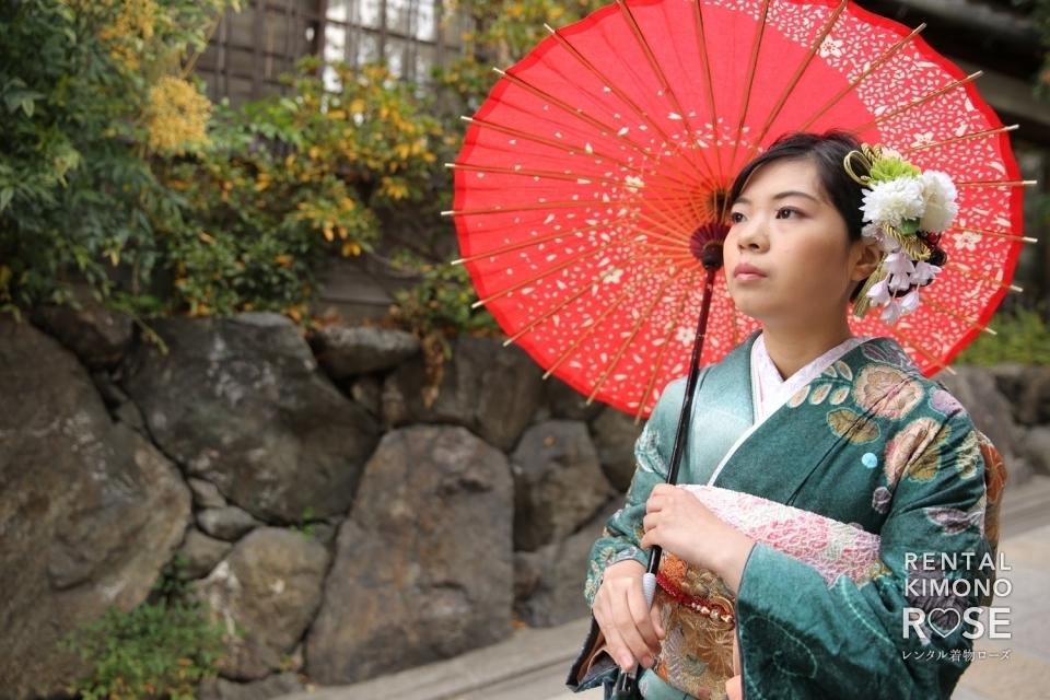 写真:京都・一年坂や八坂の塔で成人式振袖持ち込みロケーション撮影
