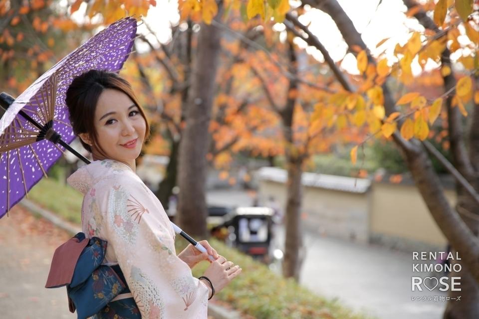 写真:紅葉の京都・ねねの道で小町プラン+観光ロケーション撮影
