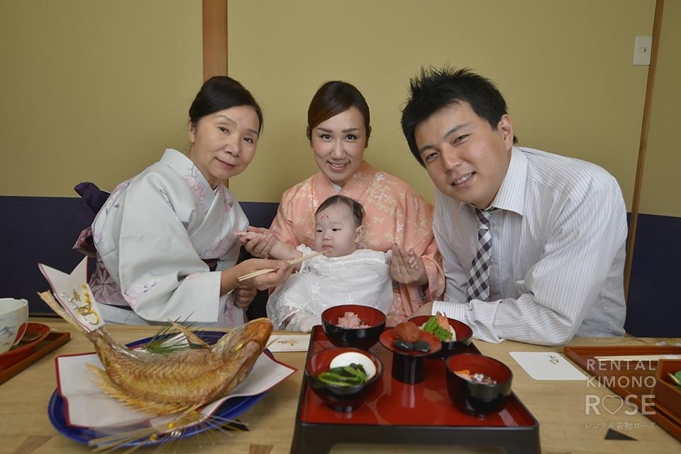 写真:京都でお食い初め