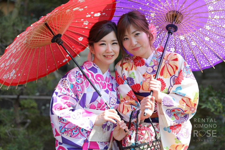 写真:京都東山で着物美人の女性二人旅をロケ撮影