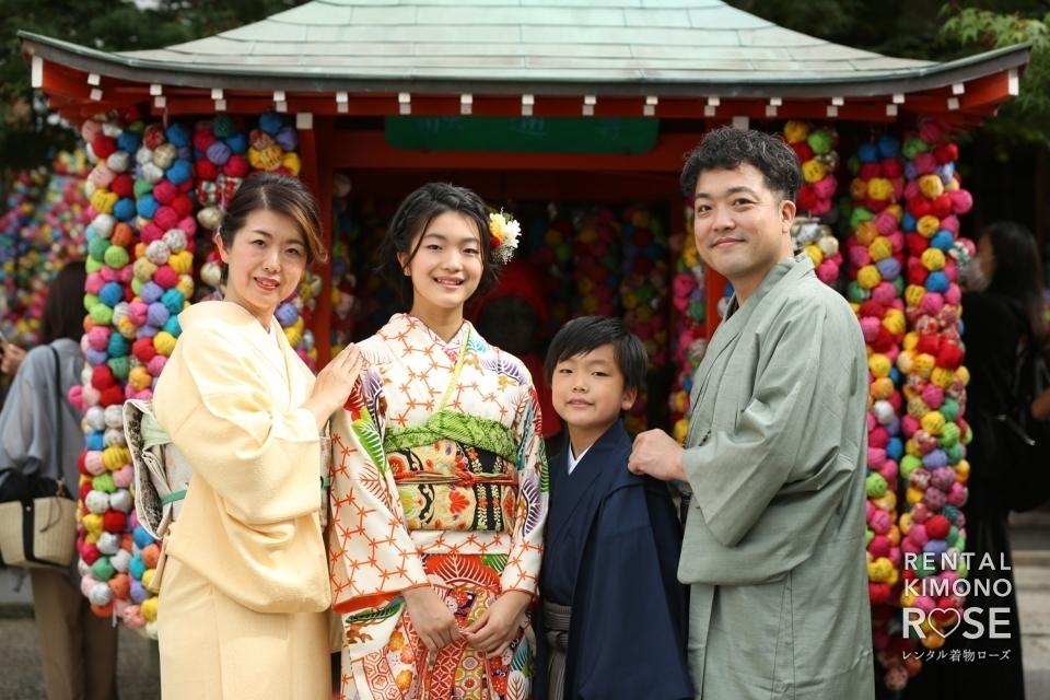 写真:京都・八坂庚申堂や八坂の塔で十三参りのご家族様ロケ撮影