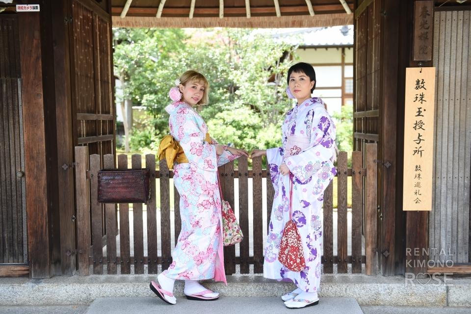 写真:美人母娘の着物京都旅をロケーション撮影