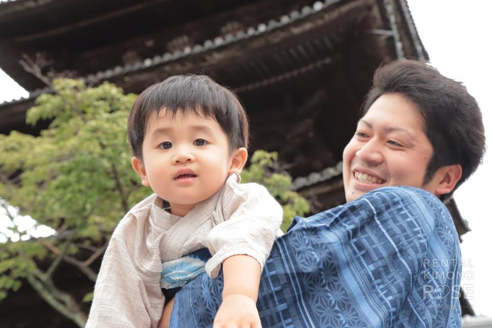 写真:家族で東山ロケーション撮影