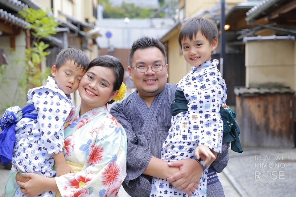 写真:海外のご家族と東山ロケ撮★